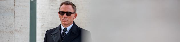 Dans Spectre, le nouvel opus de la saga James Bond, Daniel Craig porte deux  modèles de la marque Tom Ford Eyewear, distribuée par Marcolin. d3ea56cb8cb8